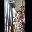 YOUTUBE Maniaco sul bus spruzza spray al peperoncino 2