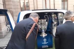 YouTube, Champions League come spada nella roccia a Milano