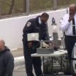 YOUTUBE Usa, uomo-criceto minaccia di far esplodere bomba 6