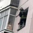 Tenta suicidio dandosi fuoco ai capelli5