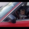 Testacoda con l'auto del padre a soli 3 anni7