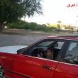 Testacoda con l'auto del padre a soli 3 anni10