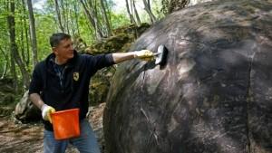"""Guarda la versione ingrandita di VIDEO Sfera gigante """"misteriosa"""" trovata in Bosnia"""