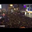 YOUTUBE Prince, migliaia di fan cantano insieme Purple Rain 2