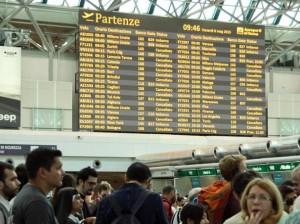 Sciopero aerei 9 aprile: stop voli 8 ore, ritardi e disagi
