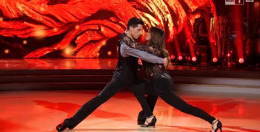 Alba Parietti e Christopher Lambert a Ballando con le Stelle10