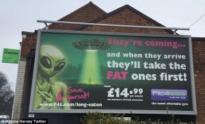 """Guarda la versione ingrandita di """"Alieni arrivano e prenderanno i grassi"""": spot palestra…"""