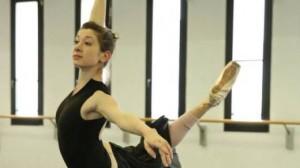 Milano, ballerina Scala travolta da tram: era a telefono