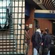"""Roma, auto in scale metro: """"Credevo fosse parcheggio...""""FOTO"""