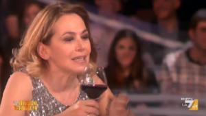 """Guarda la versione ingrandita di Paola Perego """"provoca"""" Barbara D'Urso e invita Pupo…"""