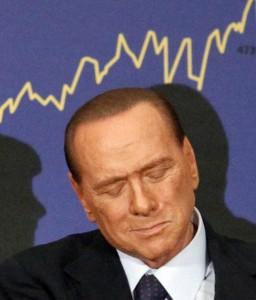 Guarda la versione ingrandita di Berlusconi ricattato per Noemi Letizia? Indagato ex autista
