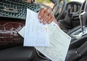 Bollo auto abolito? Renzi promette, Aidacon: Non sarà facile