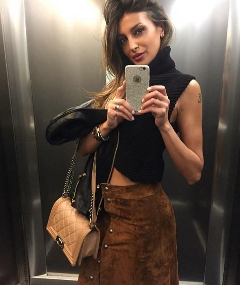 Cristina Buccino, tatuaggio alla Belen. Non è farfallina... 03