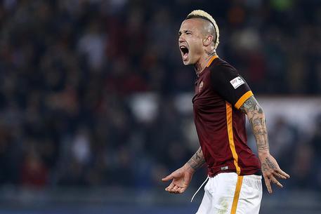 """Calciomercato Roma, Nainggolan-Chelsea: fatta per """"Mirror"""""""