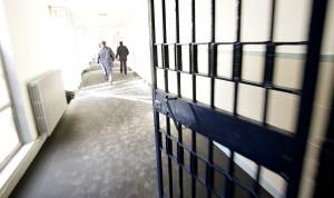Carceri, 30mila stanno scontando pena detentiva non in cella