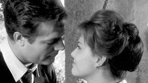 Mastroianni, così riuscì a baciare Claudia Cardinale
