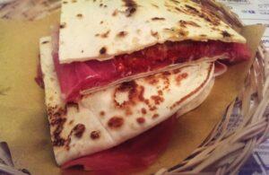 Guarda la versione ingrandita di 6 posti dove mangiare la piadina a Rimini