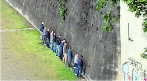 Castel Sant'Angelo diventa una latrina, vergogna a Roma FOTO