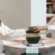 Cocomero esplode con elastici: quanti ne servono