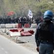 Napoli, corteo anti-Renzi contro polizia: sassi, lacrimogeni13