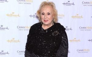Guarda la versione ingrandita di Doris Roberts, morta attrice di Tutti amano Raymond