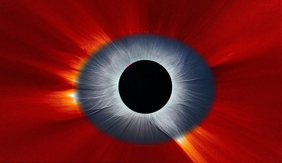 Eclisse, la spettacolare FOTO dell'occhio nell'universo