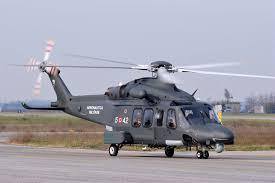 Elicottero Aeronautica soccorre passeggero da nave crociera