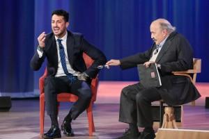 """Guarda la versione ingrandita di Fabrizio Corona al Maurizio Costanzo Show: """"Con la droga…"""""""