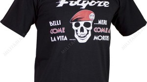 Perugia, parà picchiato perchè indossa maglietta Folgore