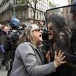 Francia: no riforma lavoro, scontri: auto lusso a fuoco5