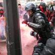 Francia: no riforma lavoro, scontri: auto lusso a fuoco7