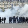 Francia: no riforma lavoro, scontri: auto lusso a fuoco8