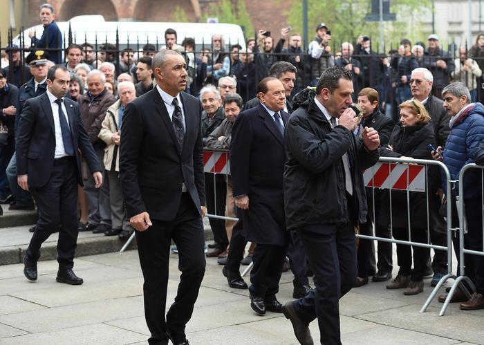 Cesare Maldini, FOTO funerali. Seedorf, Sheva, Berlusconi...4