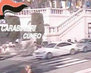 Furto 300mila€ davanti casinò Sanremo: preso Lupin italiano