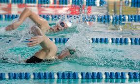 Bimbi rasati dopo gare nuoto: allenatori assolti, atleti no