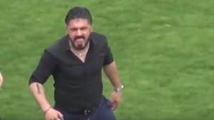 Gennaro Gattuso, allenatore del Pisa, litiga con l'arbitro e abbandona l'area tecnica