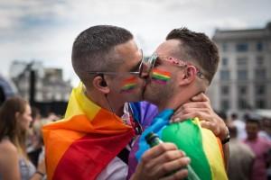 Metà della popolazione mondiale è portatrice di geni gay