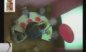 YouTube Grosseto: maestre asilo maltrattano bambini