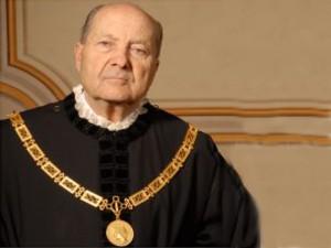 Guarda la versione ingrandita di Trivelle, presidente Corte Costituzionale: