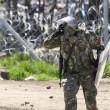 Migranti Idomeni, lanci di lacrimogeni e pietre FOTO 8