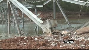 YOUTUBE Ponte giù con 600 kg di esplosivo: VIDEO slow motion