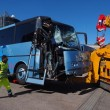 Bus studenti tampona bisarca su A1: cinque feriti lievi3