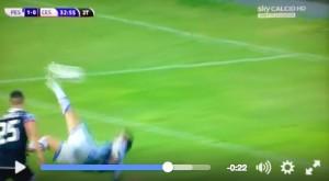 Gianluca Lapadula video gol rovesciata Pescara-Cesena 1-0_1