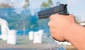 Aggredito in casa? Raccolta firme per legge legittima difesa