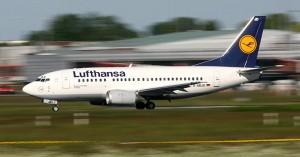 Uccelli nel motore, aereo Lufthansa blocca decollo a Venezia