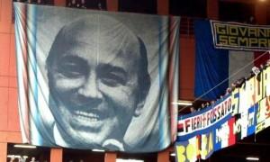 Genova: visita la tomba di Paolo Mantovani, cade e muore