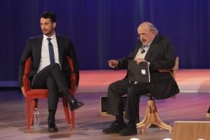 Guarda la versione ingrandita di Fabrizio Corona in tv, litiga con Cecchi Paone che se ne va
