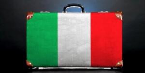 Migranti italiani più degli immigrati: prima volta storica