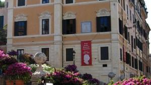 Guarda la versione ingrandita di Roma, al museo Keats-Shelley suicida compagno del direttore