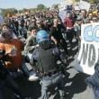 Pisa, corteo vs Renzi: scontri con Polizia4